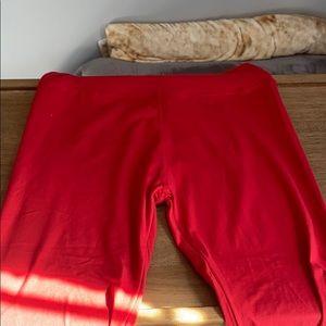 Red leggings (leggings depot)